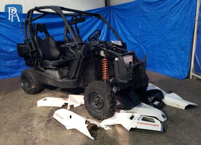 2018 CAN-AM COMMANDER #1699186630